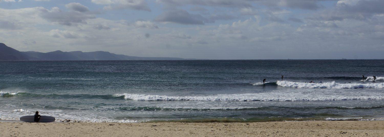 Pre-surf wave line up